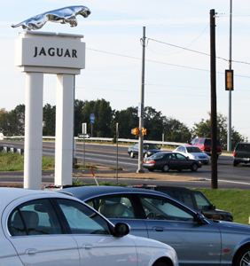 CROUCHED TO SPRING: Bluff City Jaguar Land Rover On Getwell Road Will Be  Moving To A New Facility By Early Next Year.    Photo By Amy O. Williams