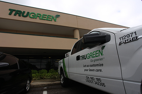 Attirant In The Next Few Weeks, TruGreen Will Take Its 300 Local Employees To A New  Local Corporate Headquarters.