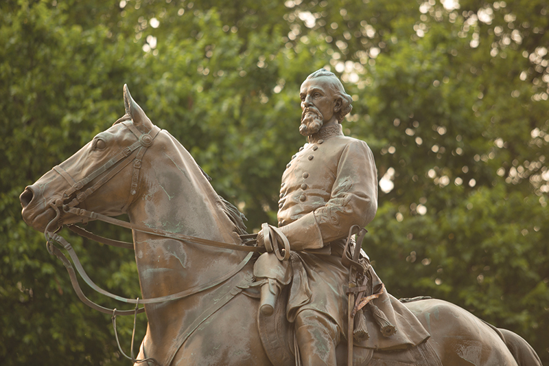 In Memphis, Confederate Monuments Controversy Comes to City Hall