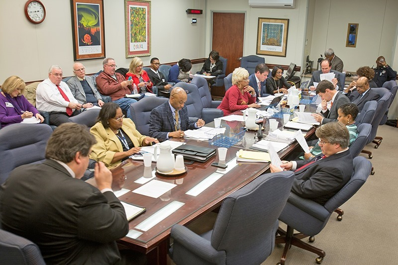 Memphis City Council Membes Roved 2 Percent Gas And Electric Rate Hikes Tuesday Feb 6 In A Busy Day At Hall