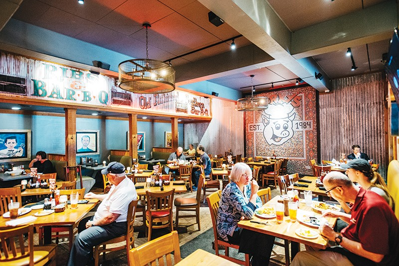 Corky S Flagship Restaurant At 5259 Poplar Ave Was Renovated And Now Has More Widescreen Tvs Improved Lighting New Booths Among Other Enhancements