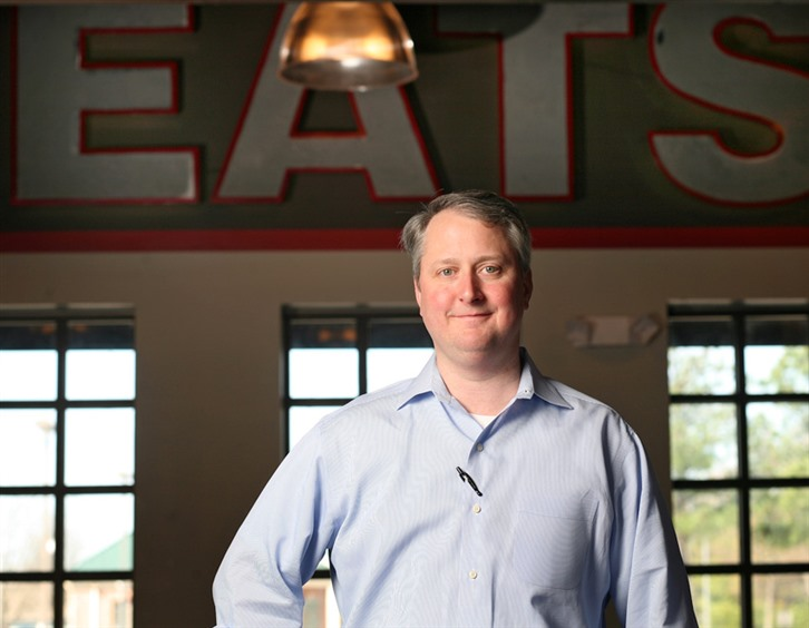 Soul fish caf owners buck economic trends memphis daily for Soul fish cafe germantown